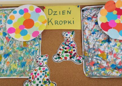 dzien_kropki_1